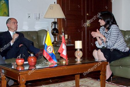 Foreign Affairs Committee of the Council of States Chairman Peter Briner (l) During His Official Visit to the Colombian Congress Were He Meet with Senate President Claudia Blum De Barbieri (r) on 16 November 2005 Colombia Bogota