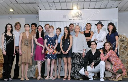 Monica Mason (c-r) Director of London's Royal Ballet Poses Along the Ballet's Dancers During a Press Conference in Havana Cuba 11 July 2009 This Company Will Present Its Show For the First Time in Cuba on the Next Week Cuba Havana