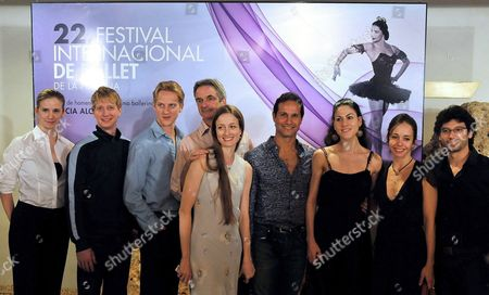 Members of the American Ballet Theatre (l-r) Michele Wiles Ethan Stiefel David Hallberg Art Director Kevin Mc Kenzie Julie Kent Jose Manuel Carreno Paloma Herrera Xiomara Reyes and Herman Cornejo Pose After a Press Conference in Havana Cuba 02 November 2010 the Company Visits the Island to Take Part in the 22nd International Ballet Festival of Havana Cuba Havana