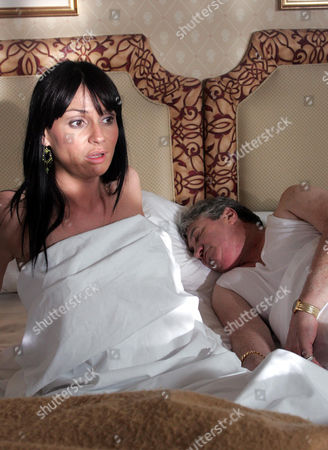 'Emmerdale'  -  Chas Dingle (Lucy Pargeter) panics when she wakes up next to Colin McFarlane (Michael Melia) and discovers he's dead.