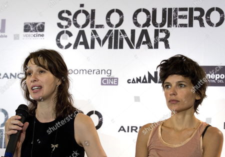 Spanish Actrees Ariadna Gil (l) and Elena Ayala (r) Talk During the Presentation of the Film 'S?lo Quiero Caminar' (i Just Want to Walk) in Mexico City Mexico 17 August 2009 the Film Directed by Spanish Filmaker Agustin Diaz Yanes is a Thriller Stared by Four Spanish Actress (ariadna Gil Elena Anaya Pilar L?pez De Ayala and Victoria Abril) and Two Mexican Actors (diego Luna and Jose Maria Yazpik) Mexico Mexico City