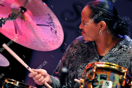 Us Composer and Drummer Terri Lyne Carrington Performs During the 7th Edition of Panama Jazz Festival in Panama City Panama 14 January 2010 Panama Panama City