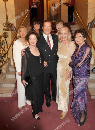 Roger Moore and Bond Girls - Tania Mallett, Caroline Munro, Zena Marshall, Madeleine Smith, Shirley Eaton and Eunice Gayson