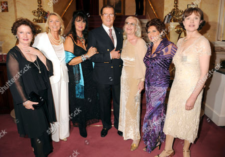 Roger Moore and Bond Girls - Zena Marshall, Tania Mallett, Caroline Munro, Shirley Eaton, Eunice Gayson and Madeleine Smith