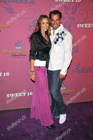 Angelica Castro and Cristian de la Fuente