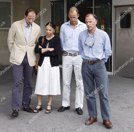 (l-r) Konstantin of Bulgaria Margarita Gomez Acebo the Wife of Simeon Ii Prince Kyril of Bulgaria and Prince Kubrat of Bulgaria Brothers and Mother of Bulgarian Crown Prince Kardan Are Photographed at Doce De Octubre Hospital in Madrid Spain 16 August 2008 Kardam is Hospitalized Since Yesterday when He was Injured in a Car Crash Near Madrid with His Wife Spanish Miriam Ungria Medical Sources Said That the Prince Condition is Serious He Has a Severe Skull Traumatism and Will Probably Need to Have His Hands Amputated Miriam Suffered an Elbow Fracture and Several Contusions Her Condition Hasn't Been Released by the Sources Spain Madrid
