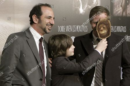 Us Actor Max Records (c) Jokes with Us Director Spike Jonze (r) in the Presence of Film Producer Vincent Landay (l) During the Spanish Premiere of Their Film 'Where the Wild Things Are' at the Capitol Cinemas in Madrid Spain 10 December 2009 the Movie is Based on Maurice Sendak's Classic Children's Book of the Same Title Spain Madrid