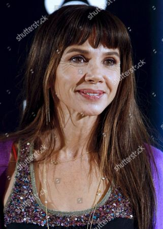 Spanish Actress Victoria Abril Poses For the Photographers During the Premiere of Her Latest Movie 'Solo Quiero Caminar' (i Just Want to Walk) Directed by Agustin Diaz Yanes in Madrid Spain 30 October 2008 Spain Madrid