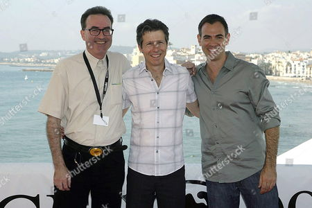 (l-r) Us Scriptwriter Doug Taylor Us Producer Steve Hoban and Us Director Vincenzo Natali Pose For the Media During the Presentation of Their Film 'Splice' at the Sitges International Film Festival 06 October 2009 in Sitges Catalonia Spain the Film Festival Runs Until 12 October Spain Sitges (barcelona)
