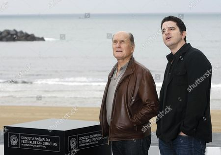 Us Actor Robert Duvall (l) and Us Director Aaron Schneider Attend a Photocall For the Movie 'Get Low' at the San Sebastian Film Festival in San Sebastian Spain 22 September 2009 the Festival Runs Until 26 September 2009 Spain San Sebastian