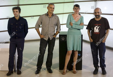 French Filim Makers Laurent Cantent (2-l) Lucile Hadzihalilovic (2-r) Gaspar Noe (l) and Serge Bozon (r) Pose For Photographs After the Presentation of 'Thematic Retrospective Backwash: Cutting Edge of French Cinema' at the San Sebastian International Film Festival in San Sebastian Spain 20 September 2009 the Festival Runs to 26 September Spain San Sebastian