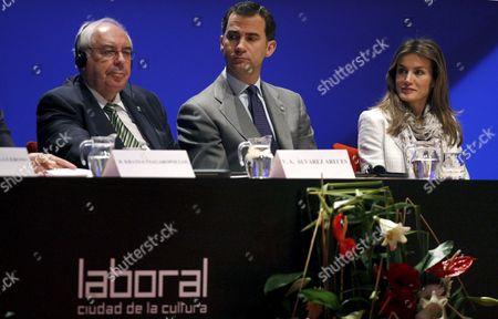 (l-r) Principality of Asturias President Vicente Alvarez Areces Spanish Crown Prince Felipe of Borbon and His Wife Princess Letizia Attend the Third European Maritime Day Summit in Gijon Asturias Northern Spain on 20 May 2010 the Summit is Organized by the European Union (eu) Under the Spanish Presidency and the Principality of Asturias Spain Gijon