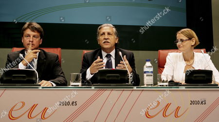Spanish State Secretary For European Affairs Diego Lopez Garrido (c) Addresses the Media As Counterparts Olivier Chastel (l) From Belgium and Enikoe Gyoeri (r) From Hungary Look on During a Press Conference Held in Madrid Spain 28 June 2010 After the Trio Presidency Meeting Spain Madrid
