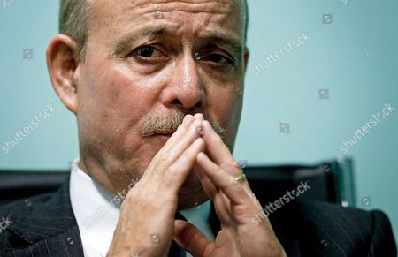 Us Economist Jeremy Rifkin Founder and President of the Foundation on Economic Trends Gestures During a Press Conference at the Water Tribune at the 'Expo Zaragoza 2008 Water and Sustainable Development' in Zaragoza Spain 01 September 2008 Rifkin Spoke on Climatic Change at the Press Conference Saying That 'The Scientific Community Has Underestimated Its Threat and Dramatic Consequences' Spain Zaragoza