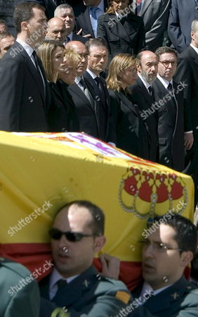 Members of the Spanish Civil Guard Carry the Coffin of Colleague Juan Manuel Pinuel Killed Early 14 May 2008 in an Attack by Basque Terrorist Group Eta While (l-r Background) Crown Prince Felipe Princess Letizia Spanish First Deputy Prime Minister Maria Teresa Fernandez De La Vega Minister of Defence Carme Chacon Home Minister Alfredo Perez Rubalcaba and the Head of the Basque Country Juan Jose Ibarretxe Look on During the Funeral Service Held at the New Cathedral of Vitoria Northern Spain 15 May 2008 Eta Abandoned a Car Loaded with 100 Kg of a Powerful Explosive in Front of a Residencial Barrack of the Spanish Civil Guard in Legutiano Alava Northern Spain Killing the Officer and Injuring Four Others Spain Vitoria