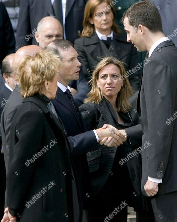 Crown Prince Felipe of Spain (r) Shakes Hands with the Head of the Basque Country Juan Jose Ibarretxe (c) While Spanish First Deputy Prime Minister Maria Teresa Fernandez De La Vega (l) and Minister of Defence Carme Chacon (2nd R) Look on During the Funeral Service of Spanish Civil Guard Juan Manuel Pinuel Killed Early 14 May 2008 in an Attack by Basque Terrorist Group Eta Held at the New Cathedral of Vitoria Northern Spain 15 May 2008 Eta Abandoned a Car Loaded with 100 Kg of a Powerful Explosive in Front of a Residencial Barrack of the Spanish Civil Guard in Legutiano Alava Northern Spain Killing the Officer and Injuring Four Others Spain Vitoria