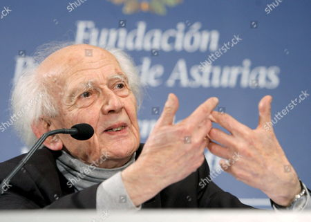Polish Sociologist Zygmunt Bauman Gestures During a Press Conference in Oviedo Spain on 20 October 2010 where He and French Sociologist Alain Tourine Will Be Awarded with the Prince of Asturias Prize 2010 For Comunication and Humanities on 22 October 2010 Spain Ovideo