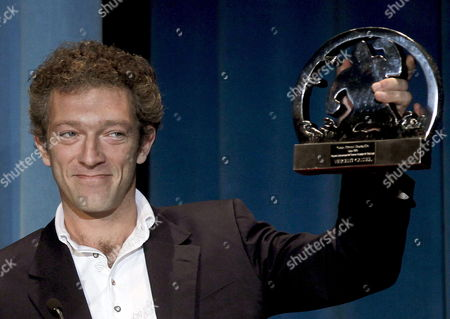 French Actor Vincent Cassel As He Holds His Sitges 2010 International Fantastic Film Festival Honorary Prize in Sitges 42 Km From Barcelona Northern Spain on 9 January 2010 Apart From Being Awarded For His Career As an Actor and Director Cassel Presented His Latest Work As an Actor in Romain Gavras' Firlm 'Notre Jour Viendra' Spain Sitges (barcelona)