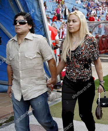 Argentinian Soccer Great Maradona (l) and Veronica Ojeda Are Seen Prior the Uefa Champions League Third Round Second Leg Qualifying Match Schalke 04 Vs Atletico Madrid at the 'Vicente Calderon' Stadium in Madrid Central Spain 27 August 2008 Atletico Madrid Defeated 4-0 Spain Madrid