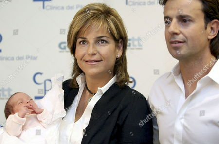 Stock Photo of Former Spanish Tennis Player Arantxa Sanchez Vicario (l) and His Husband Jose Santacana (r) Present Their Newborn Daughter in Barcelona Northeastern Spain 05 March 2009 the Baby who was Born on 28 February in Barcelona Weighed 3kg No Name Has Been Announced Yet Spain Barcelona