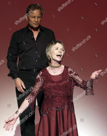 British Actors Michael York (l Back) and Susannah York (r) Perform a Reading of William Shakespeare's Play 'Antony and Cleopatra' on Stage on the Last Day of the Classical Theatre Festival in Merida Spain 30 August 2008 Spain Merida