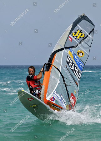 French Windsurfer Antoine Albeau in Action During One of the Three Qualifying Competitions of the 2009 Gran Canaria Pwa Grand Slam on Sotavento Beach in Pajara Fuerteventura Canary Islands Spain 23 July 2009 Spain Pßjara (fuerteventura)
