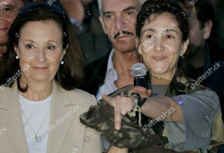 Colombian-french Former Presidencial Candidate Ingrid Betancourt (r) and Her Mother Yolanda Pulecio (l) During a Press Conference After Her Arrival to the Militar Airport of Catam in Bogota Colombia on 02 July 2008 After Being Rescued by the Colombian Army in the Jungle of the Eastern Department of Guaviare After a Long Hostage by the Farc Guerrilla Colombia Bogota