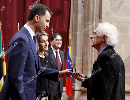 Bulgarian-born French Linguist Tzvetan Todorov (r) 2008 Prince of Asturias Award For Social Sciences Receives a Conmemorative Badge From Spanish Crown Prince Felipe (l) and His Wife Letizia (2 L) During an Official Reception For Those Awarded with the 2008 Prince of Asturias Awards in Oviedo Spain 24 October 2008 Spanish Crown Prince Felipe Will Present the Awards on 24 October in a Ceremony That Will Be Celebrated in the Campoamor Theatre of Oviedo Spain Oviedo