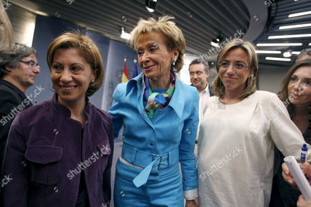 Spanish First Vice-president and Presidency Minister Maria Teresa Fernandez De La Vega (c) with Spanish Environment Minister Elena Espinosa (l) and Spanish Defence Minister Carme Chacon (r) Before the Start of a Press Conference to Announce the Release of Spanish Tuna Fishing Boat 'Playa De Bakio' Which was Seized on Early Morning 21 April 2008 by Pirates Off the Somali Coast in Moncloa Palace Madrid Central Spain 26 April 2008 the 26 Members of the Crew Are in Good Conditions the 'Playa De Bakio' Based in the Basque Town of Bermeo was Seized Some 400 Kilometres (250 Miles) Off the Coast of Somalia Spain Madrid