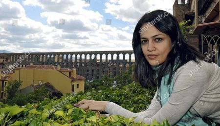 Indian Writer Tishani Doshi Poses Before Participating in the Last Day of Conferences and Presentations of the the Guardian Hay Festival in Segovia Spain 26 September 2010 Doshi's Welsh Mother and Indian Father Inspired Her First Novel Entitled the Pleasure Seekers Now Published in Spain Spain Segovia