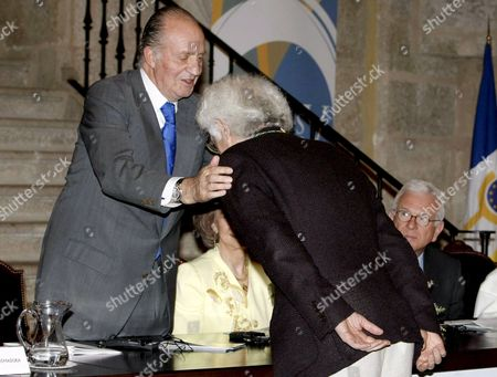 Bulgarian-born French Semiologist and Historian Tzvetan Todorov (r) Receives the Medal of New Member of the European Academy of Yuste From Spain's King Juan Carlos at the Yuste Monastery in Cuacos De Yuste Caceres Extremadura Spain 18 June 2008 Todorov Also Won the 2008 Prince of Asturias Award For Social Science Prince of Asturias' Panel Announced 18 June 2008 in Oviedo Asturias Spain Spain Cuacos De Yuste-caceres