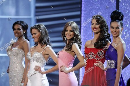 Stock Picture of (l-r) Candidates of Dominican Republic Ada Aimee De La Cruz; Australia Rachel Finch; Puerto Rico Mayra Matos; Venezuela Stefania Hernßndez and Kosovo Gona Dragusha Pose After Being Selected As the Five Finalists During the Coronation Night of Miss Universe at the Hotel Complex Atlantis in Paradise Island Nassau Bahamas 23 August 2009 Bahamas Nassau