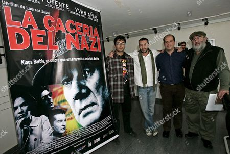Bolivian Co-producer Gerardo Guerra (2-r) Poses Along with the Actors Jesus Rojas (l) Fernando Arce (2-l) and Jorge Ortiz (r) During the Premiere of French Director Laurent Jaoui's Film 'La Traque' Translated in Spanish As 'La Caceria Del Nazi' (literally: 'The Hunt of the Nazi') in La Paz Bolivia 26 August 2008 the Movie That Will Be Released Tomorrow 27 August in Bolivia Tells the Story About the Capture of Nazi Criminal Klaus Barbie Also Known As the 'Butcher of Lyon' in Bolivia 'La Traque' Also Stars Isreali-born French Actor Yves Attal and German Actors Franka Potente and Hanns Zischler Bolivia La Paz