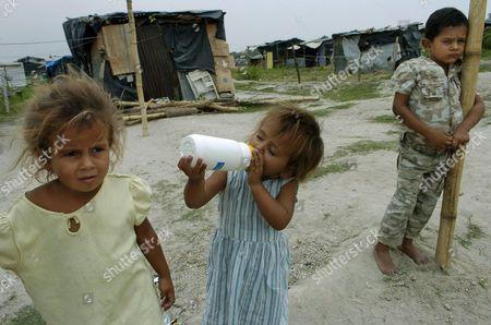 Editorial photo of El Salvador Poverty - May 2008