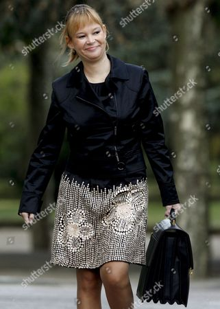 Spain's Minister of Health Equalty and Social Politics Leire Pajin Arrives Before the Start of the Cabinet Meeting at the Moncloa Presidential Residence in Madrid Spain 22 October 21010 Spain Madrid