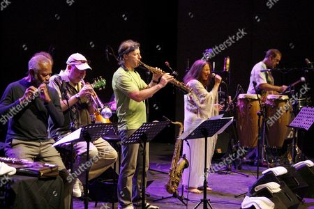 'The Cti Band All Stars' Members (l-r) Us Flautist Hubert Laws Us Trumpet Randy Brecker Us Saxophonist Bill Evans and Brazilian Singer Flora Purim Perform on Stage During a Concert in Honor of Producer Creed Taylor at the San Javier Jazz Festival in Murcia Spain 14 July 2009 Spain Murcia