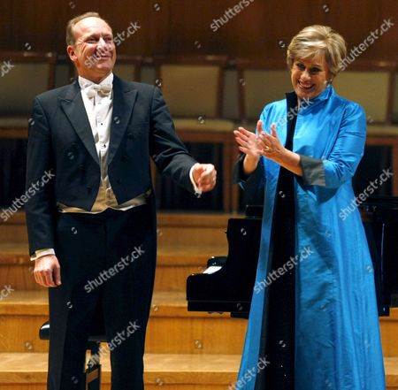 New Zealand Soprano Kiri Te Kanawa (r) and British Pianist Julian Reynolds Accept Applause During a Recital at the National Auditorium in Downtown Madrid Spain 11 May 2010 Spain Madrid