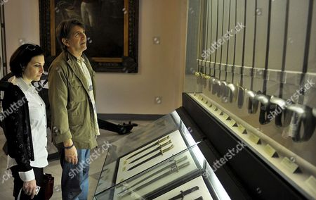 Us Actor Peter Coyote (r) with His Wife Stephanie Pleet (l) Visiting the Museum of the Havana City Cuba 24 February 2009 Coyote Will Visit the 11th Festival of the Havana Cigar Which Started on 23 February 2009 and Takes Place in the Cuban Capital City Cuba Pinar Del R?o