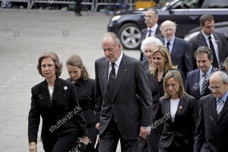 From L-r Spain's Queen Sofia Spanish Infanta Cristina Spain's King Juan Carlos Spanish Infanta Cristina Spain's Defence Minister Carma Chacon Catalonia's Regional President Jose Montilla and Barcelona's Mayor Jordi Hereu (second Row R) Arrive to the Funeral of Former Ioc President Juan Antonio Samaranch Set Up at Barcelona's Cathedral in Barcelona Northeastern Spain 22 April 2010 Samaranch who Headed the Ioc From 1980 to 2001 Died on 21 April at the Age of 89 Due to Heart Failure He Retired As the Second-longest Serving President in the History of the Ioc Spain Barcelona