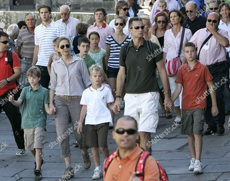 Princess Cristina (2-l) of Spain and Her Husband Inaki Urdangarin (2-r) Arrive with Their Children Juan (r) Pablo Nicolas (l) and Miguel (c) in Santiago De Compostela Spain 07 August 2010 Princess Cristina and Her Family Completed the Last Section of the Way of Saint James and Attended the Pilgrim's Mass at Santiago De Compostela Cathedral Spain Santiago De Compostela