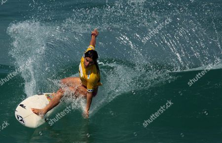 Australian Surfer Claire Bevilacqua Competes During the Second Round of the Billabong Rio Pro As Part of the Surf?s World Tour at Barra Da Tijuca Beach in Rio De Janeiro Brazil 12 May 2011 Brazil Rio De Janeiro