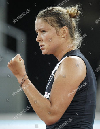 Russian Tennis Player Dinara Safina Reacts Against Spanish Nuria Llagostera During Their Madrid Masters 1000 First Round Match Played at the Magic Box Arena in Madrid Spain 02 May 2011 Spain Madrid