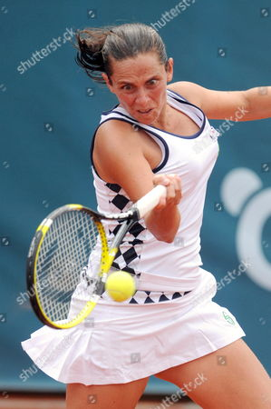 Italian Tennis Player Roberta Vinci Returns a Ball to Czech Sandra Zahlavova During Their First Round Match of the Marbella Tennis Tournament Played at Puente Romano Club in Marbella Southern Spain 04 April 2011 Zahlavova Won 7-5 6-3 Spain Marbella