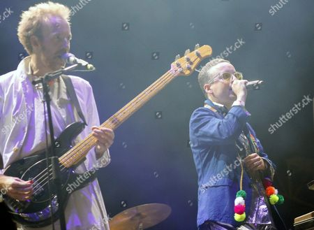 Al Doyle (l) and Alexis Taylor (r) of the British Electronic Music Band Hot Chip Perform During the Sonar Festival in Santiago De Chile Chile 05 December 2015 Sonar is an Event Combining Music and Multimedia Arts Chile Santiago De Chile