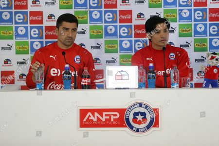 Chile National Soccer Team Players David Pizarro (l) and Matias Fernandez (r) Speaks During a Press Conference at Sports Complex Fernando Riera in Santiago Chile 26 June 2015 Chile Will Face Peru in One of the Semifinals of the Copa America 2015 Chile Santiago