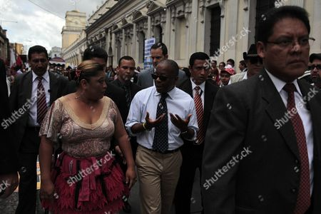 Us Ambassador in Guatemala Todd Robinson (c) Talks with a Demonstrator During a March in Front of the Congress Building in Guatemala City Guatemala 06 July 2015 More Than 100 Civil Groups That Are Part of the National Platform For State Reform Called For the Immediate Approval of the Election and Political Party Reform Law in Guatemala Guatemala Guatemala City