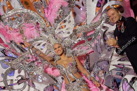 The Candidate Paula Miranda with 'El Lazo Que Nos Une' Fantasy After Winning 'Carnival Queen Election 2016' of Las Palmas De Gran Canaria Canary Islands Spain 12 February 2016 Spain Las Palmas De Gran Canaria
