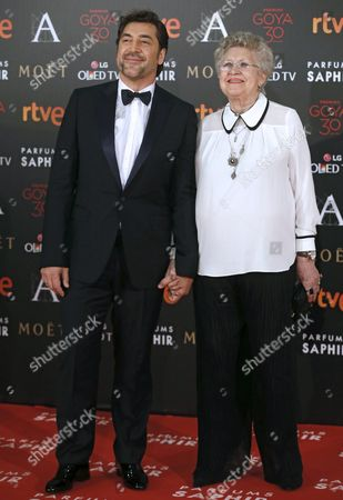 Spanish Actor Javier Bardem (l) and His Mother Actress Pilar Bardem Arrive For the Goya Awards (the Spanish Royal Cinema Academy Prize) Ceremony at the Felipe Vi Congress Center Marriott Madrid Auditorium Hotel in Madrid Spain 06 February 2016 Spain Madrid
