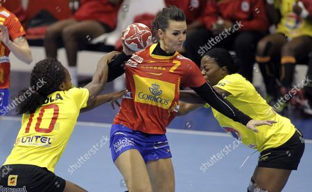 Angola's Elizabeth Viegas (l) and Lurdes Monteiro (r) Fights For the Ball with Beatriz Fernandez (c) of Spain During the 19th International Femanle Handball Played at Sports Palace of Guia in Gijon Asturias Northern of Spain on 27 November 2015 Spain Gijon