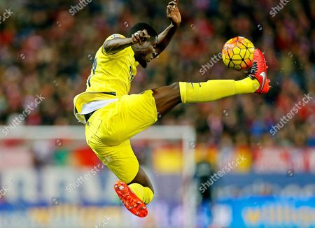 Stock Image of Villarreal's Eric Bertrand Bailly From the Ivory Coast in Action During the Spanish Primera Division Soccer Match Between Atletico Madrid and Villarreal Cf at the Calderon Stadium in Madrid Spain 21 February 2016 Spain Madrid